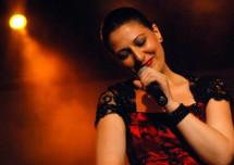Voyage en musique avec Abir Nasraoui : Une voix au-delà des frontières