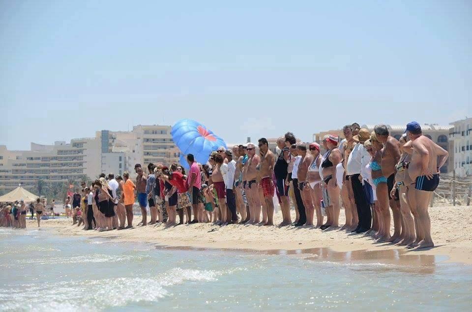 Sur la plage de Sousse.