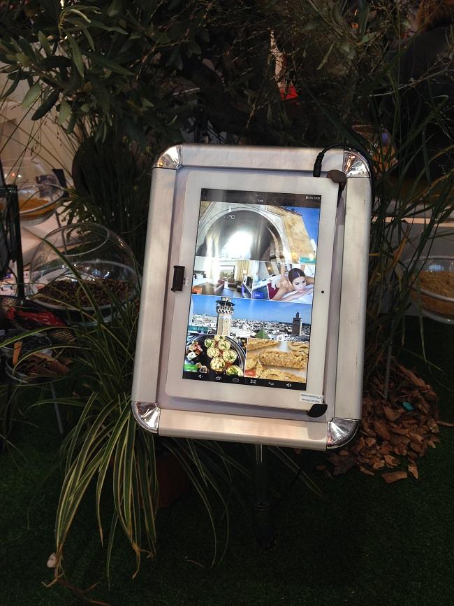 Les tablettes tactiles font leur entrée sur le stand de l'ONTT.