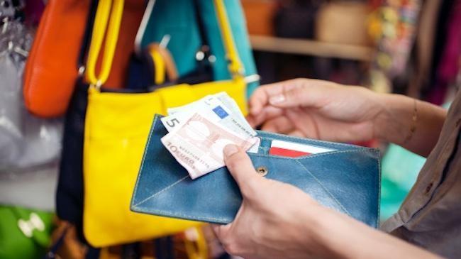 Voyages à l'étranger : la BCT refuse toute rallonge en devises
