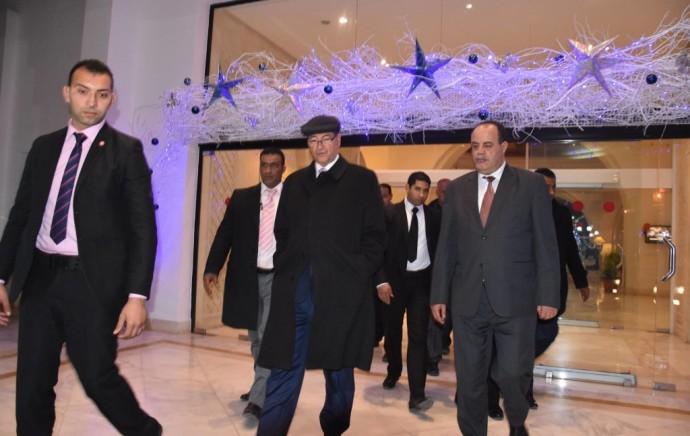 Le soir du réveillon, le chef du gouvernement et le ministre de l'Intérieur au Mouradi Gammarth