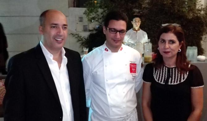 De gauche à droite: Amen Allah Sinaoui, co-fondateur et gérant du Gourmet, Faker Jelassi, Executive Chef, et Saida Taktak, directrice Qualité et Communication.