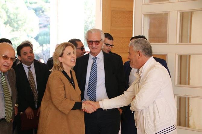 La ministre du Tourisme, Selma Elloumi Rekik, en visite récente sur le site de l'hôte, en présence de son promoteur, Férid Abbès, et de son PDG, Ahmed Smaoui (à l'extrême gauche).