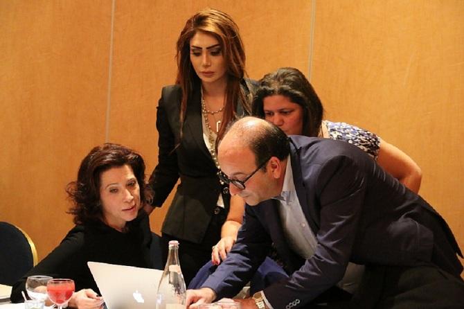Une nouvelle génération d'hôteliers pour reprendre le flambeau de la FTH. Avec Khaled Fakhfakh, Amina Sta (debout), Rym Belajouza (assise) et Mouna Ben Halima.