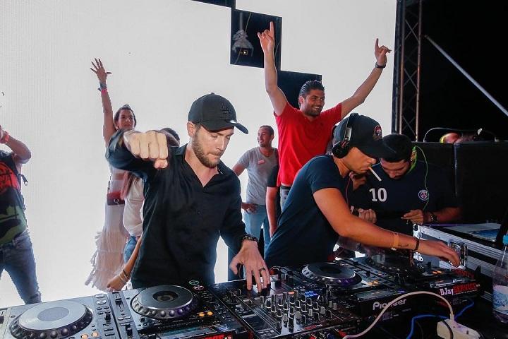 beach_party_DJ