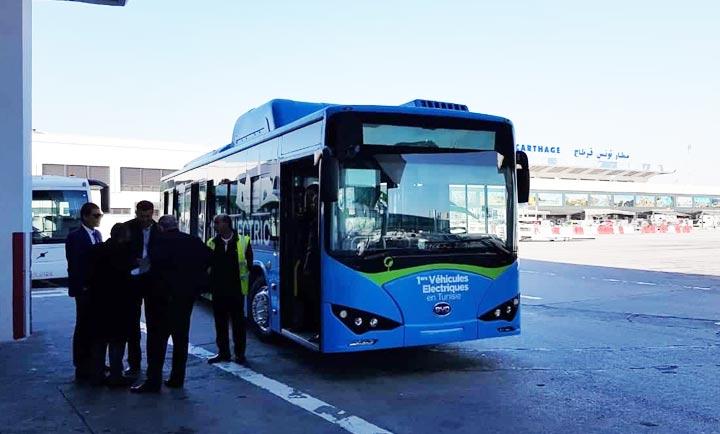 aeroport-bus-passagers