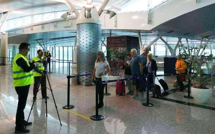 voyageurs-aeroport-enfidha